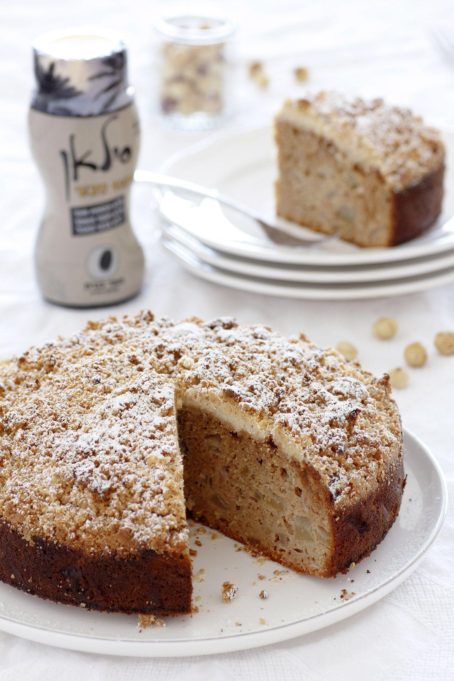 עוגת אגסים וסילאן עם קראמבל אגוזי לוז
