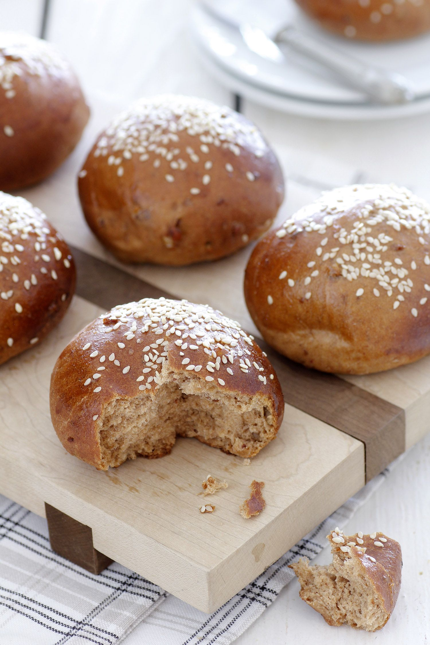 Whole Wheat Bread Rolls with Dates and Nuts