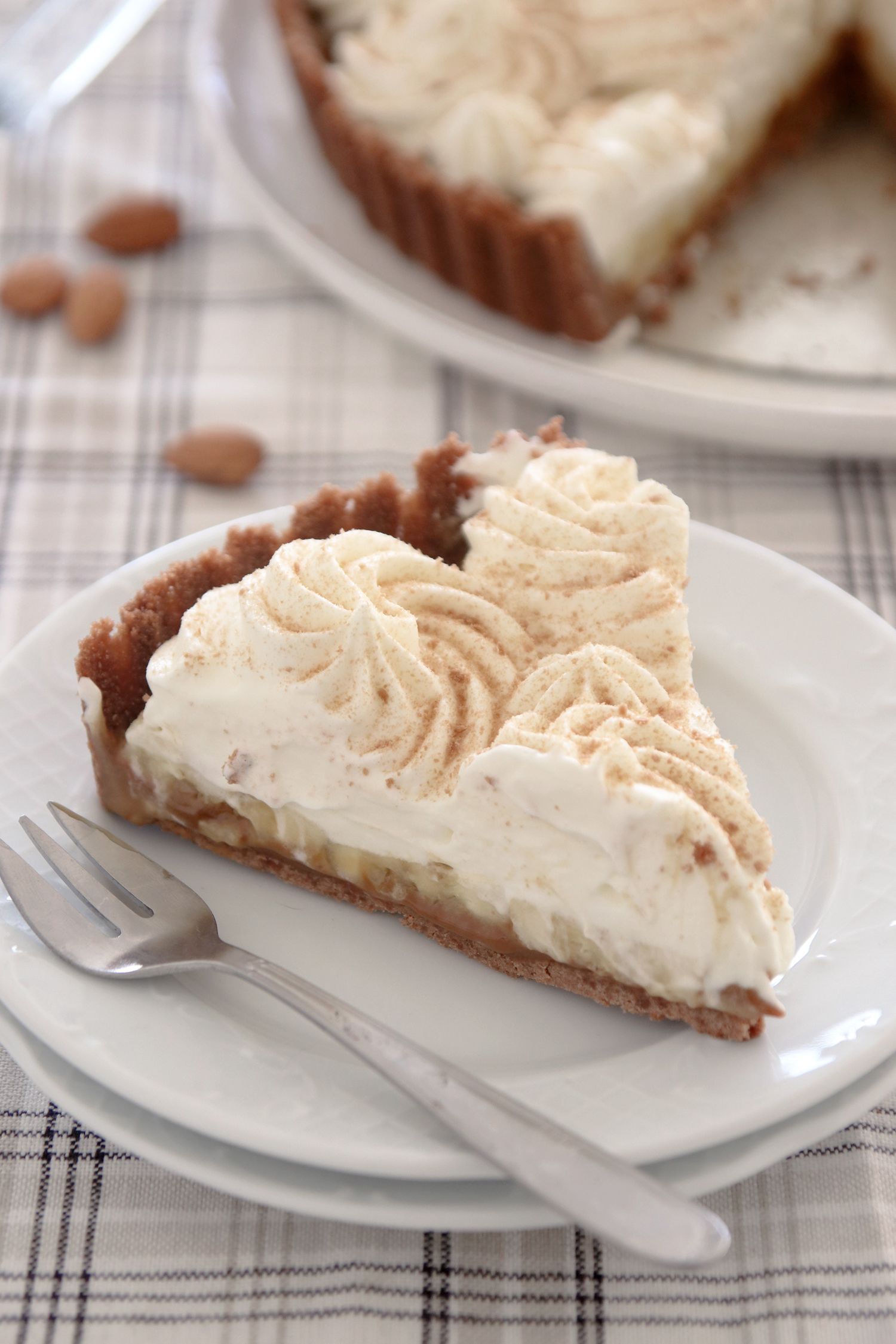 No Bake Banana Cream Pie with Dulce de Leche and Mascarpone