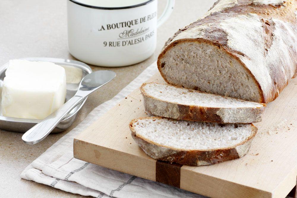 לחם לבן עם אגוזי מלך