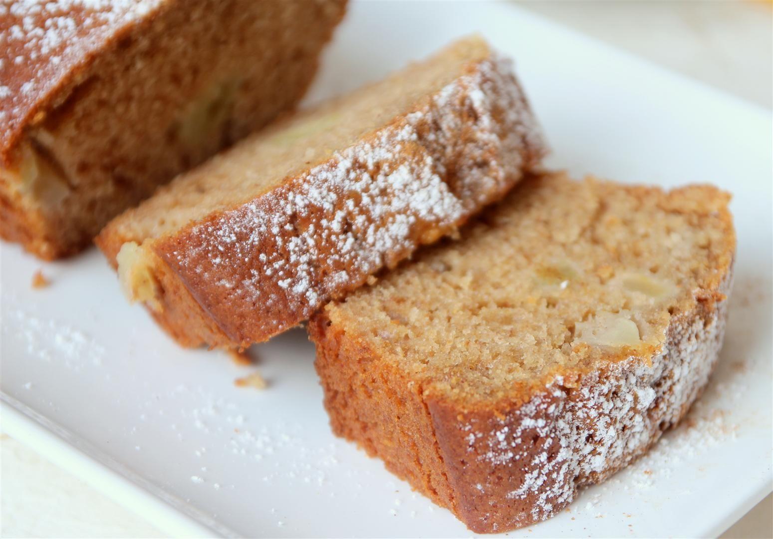 10 מתכונים לעוגות דבש: עוגת דבש ותפוחים