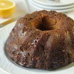 עוגת שמרים מקמח מלא ושקדים במילוי תבלינים ואגוזים וסירופ תפוז