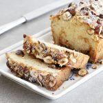 עוגת ריבת חלב עם אגוזי לוז