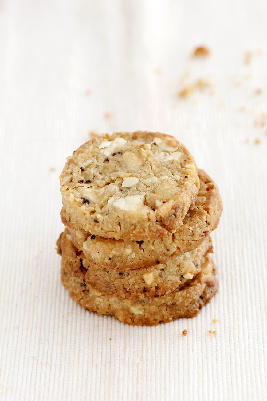עוגיות קשיו, קפה ושוקולד לבן