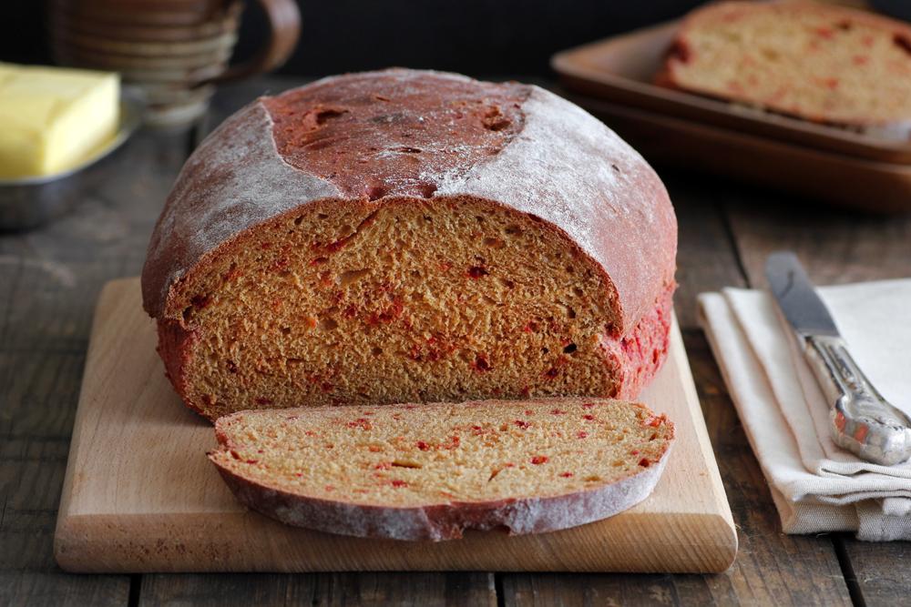 לחם סלק עם קמח מלא