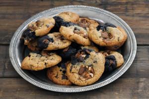 עוגיות שוקולד וחמאת בוטנים חצי-חצי