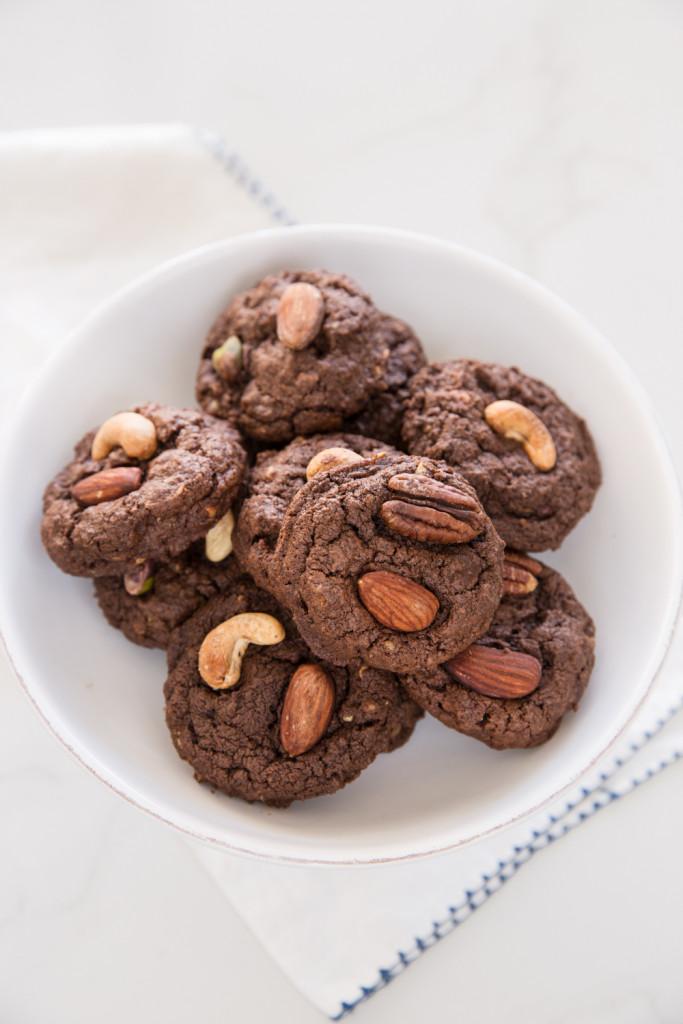 עוגיות שוקולד פאדג' עם אגוזים מלוחים
