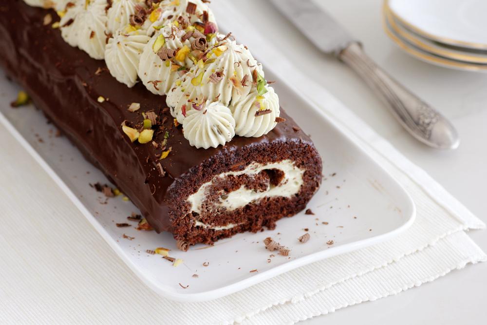 רולדת שוקולד ופיסטוק ללא קמח