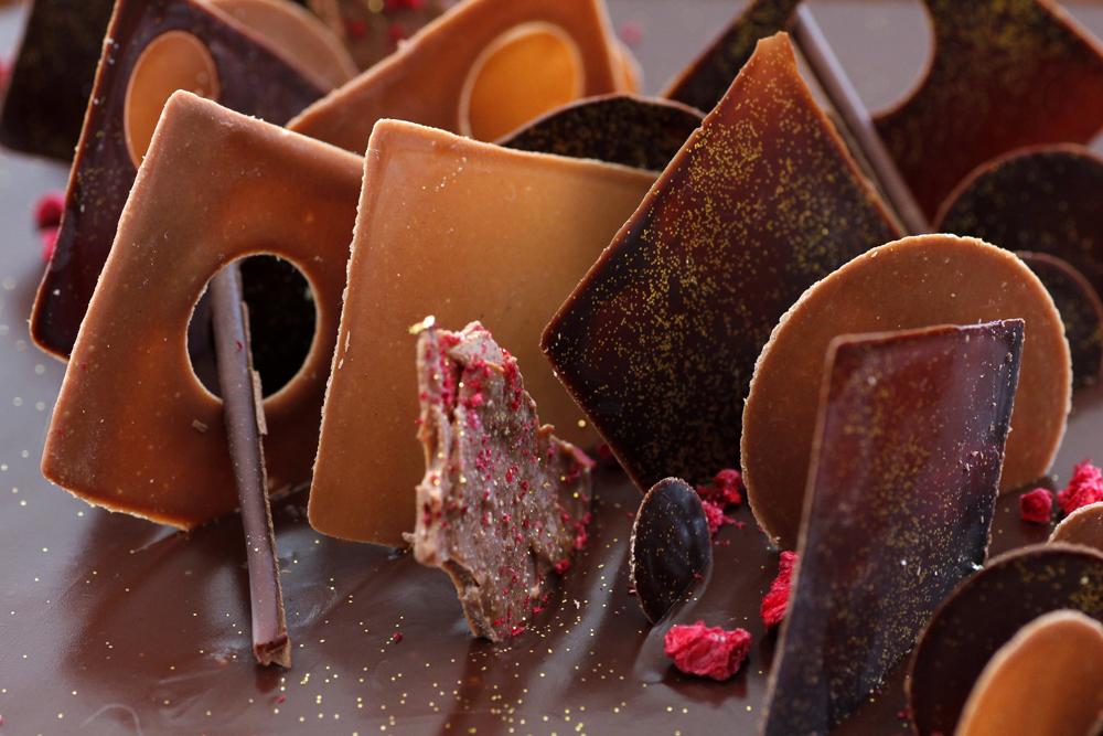 טארט שוקולד עם חמאת בוטנים וריבה