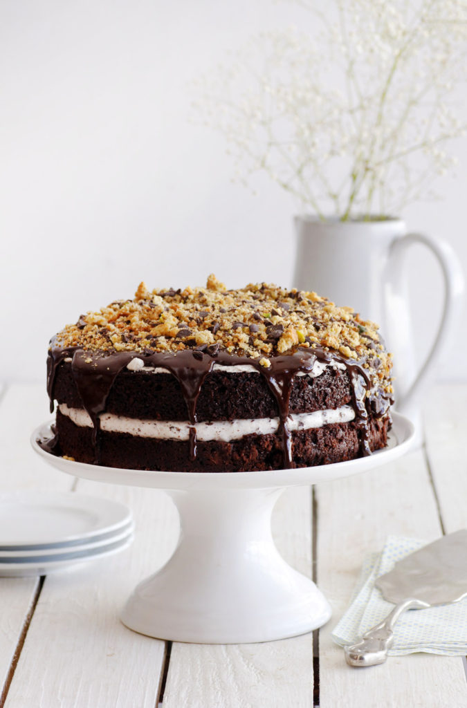עוגת שוקולד עם קרם שוקולד צ'יפס