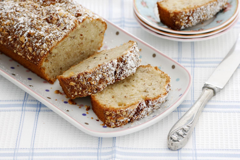 עוגת חלבה ושקדים