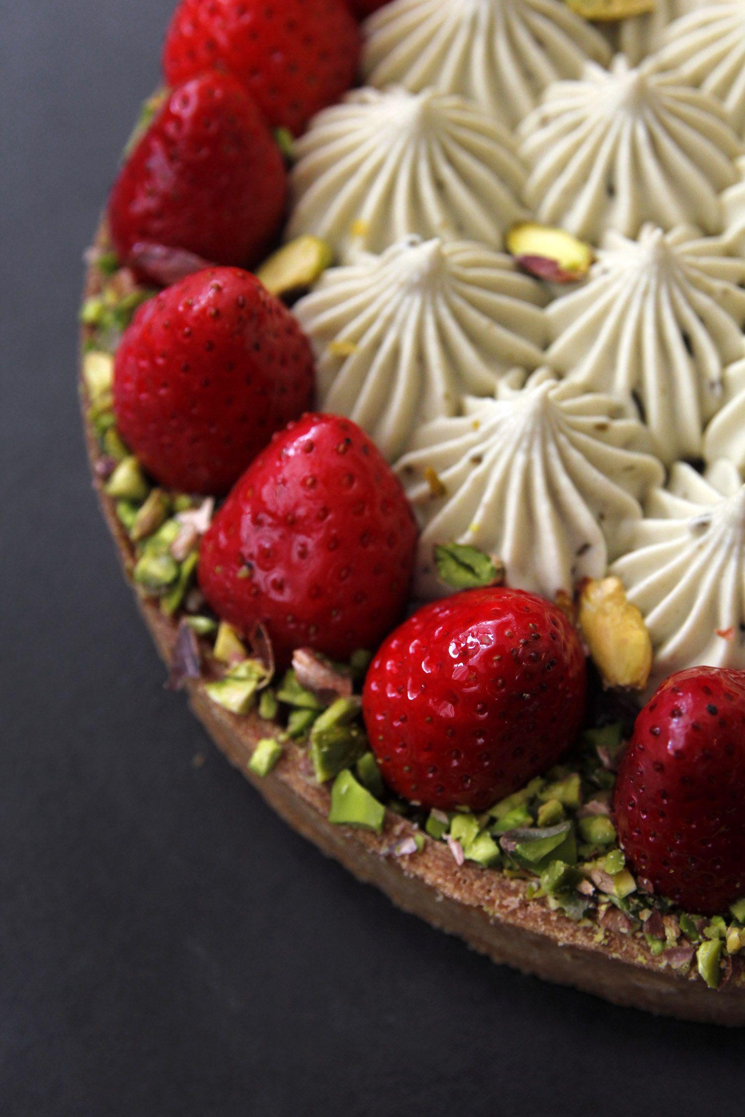 פאי תותים ופיסטוק