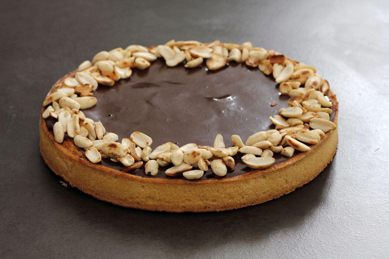 פאי בננות וחמאת בוטנים עם גנאש שוקולד ללא גלוטן