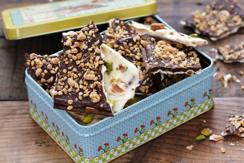 חטיפי מצה בשוקולד ואגוזים