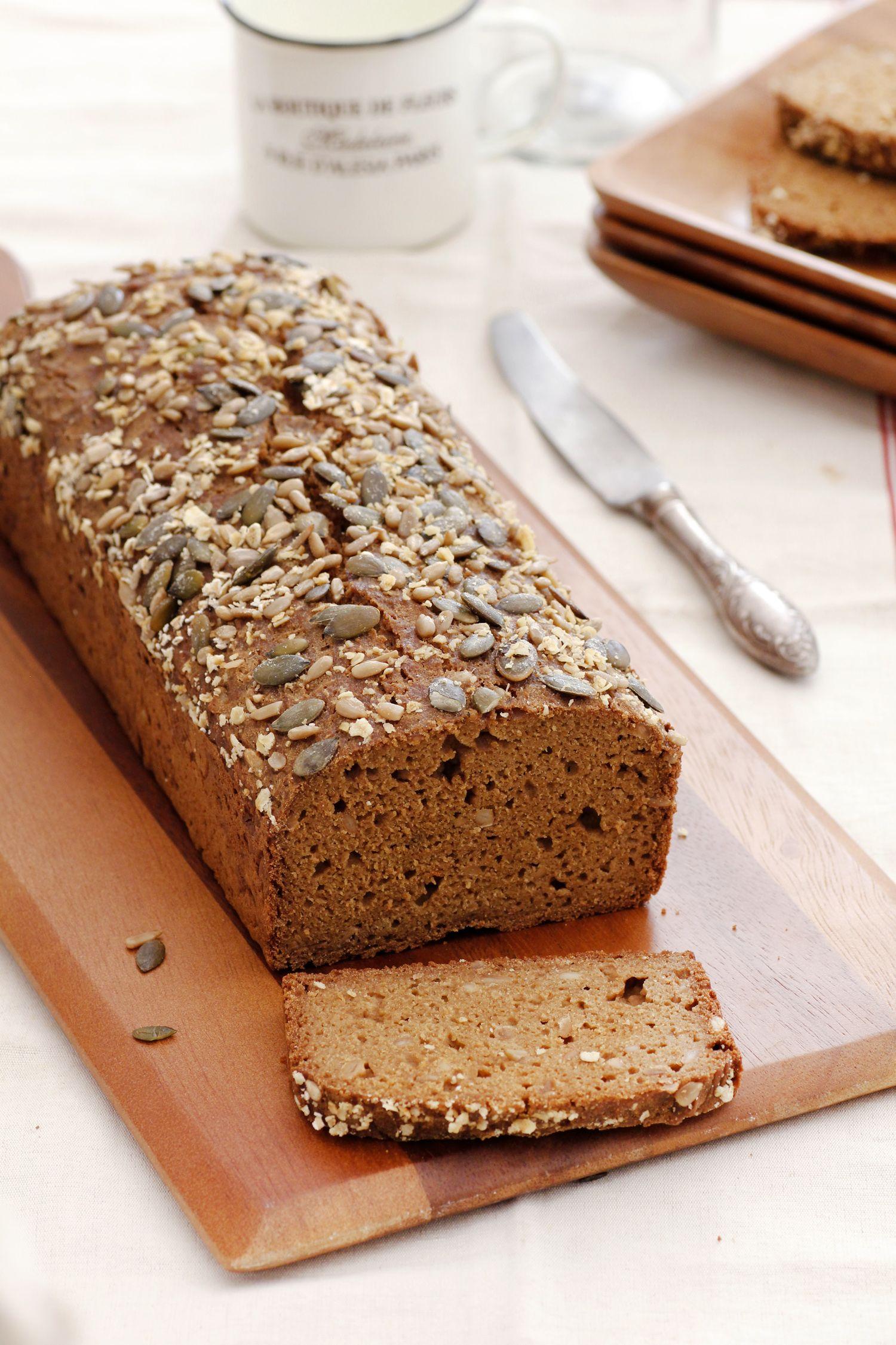 לחם מקמח טף עם שיבולת שועל
