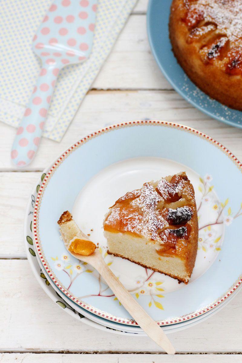 עוגת משמשים ומרציפן | צילום: נטלי לוין