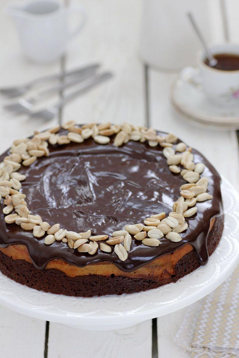 עוגת בראוני שוקולד, גבינה וחמאת בוטנים