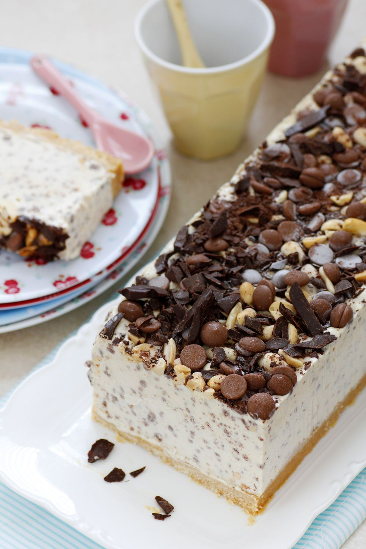 עוגת גלידה חמאת בוטנים ושוקולד