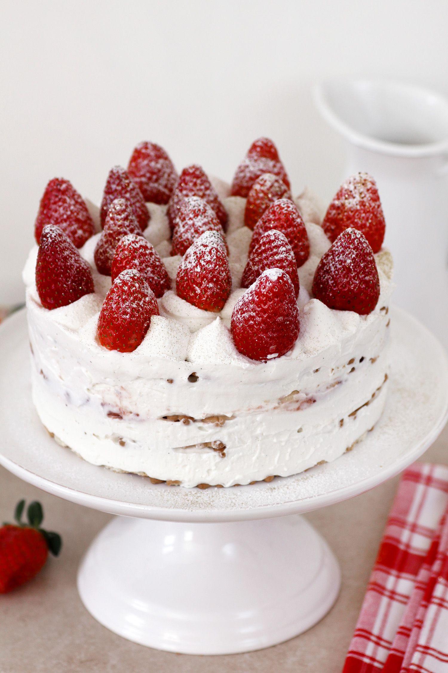 עוגת ביסקוויטים תותים וריקוטה