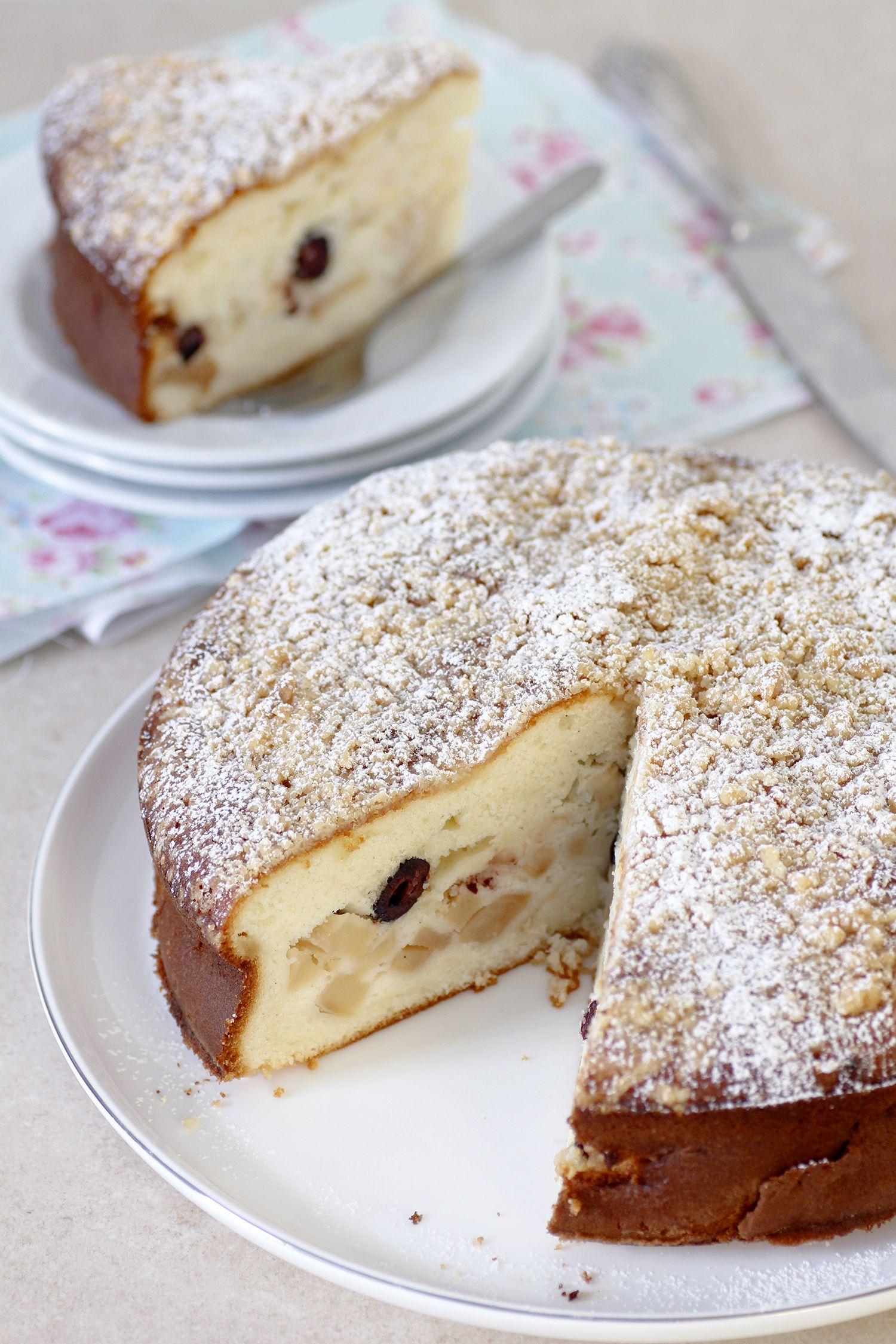 עוגת תפוחים וריקוטה עם פירורים