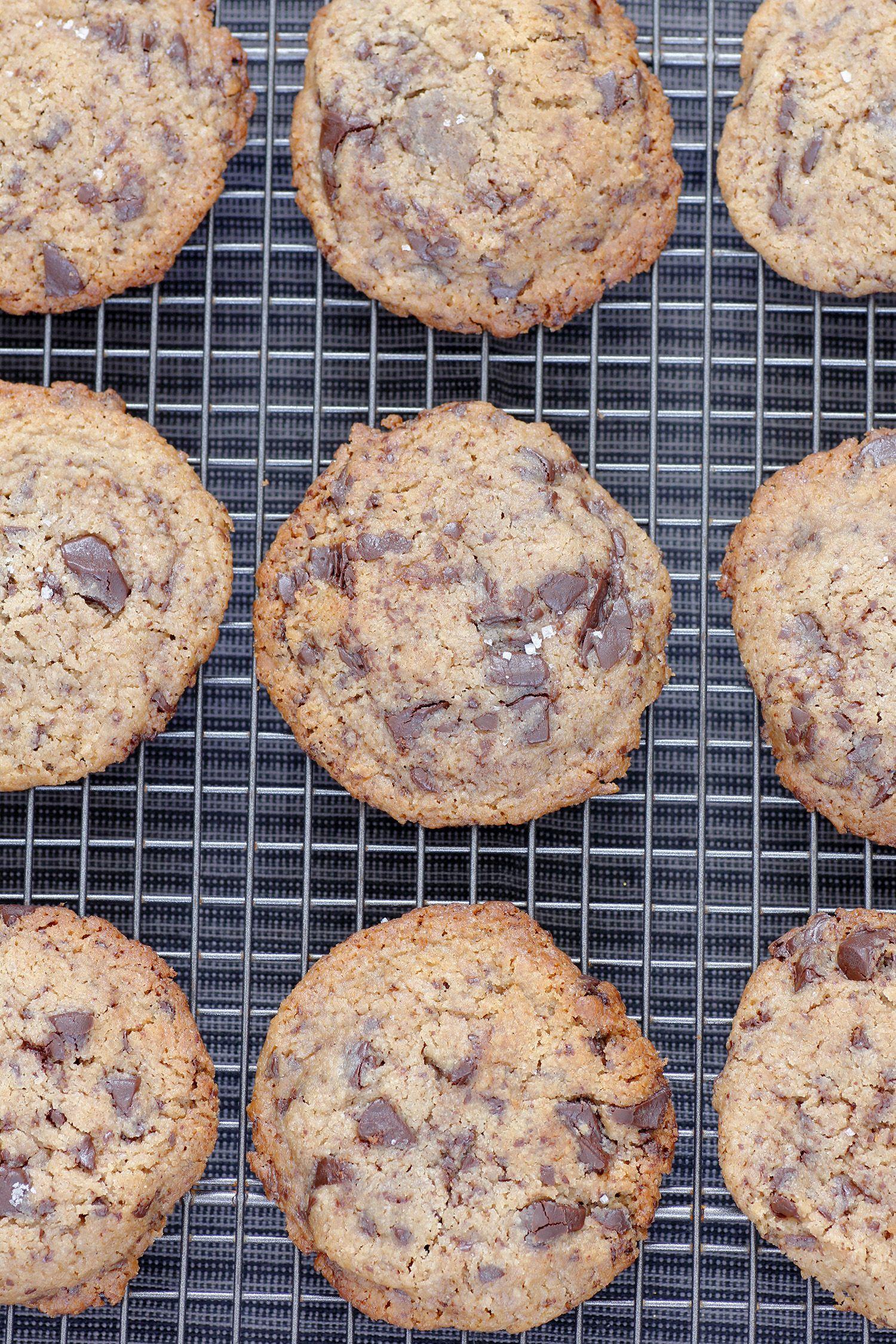 עוגיות שוקולד צ'יפס וטחינה טבעוניות