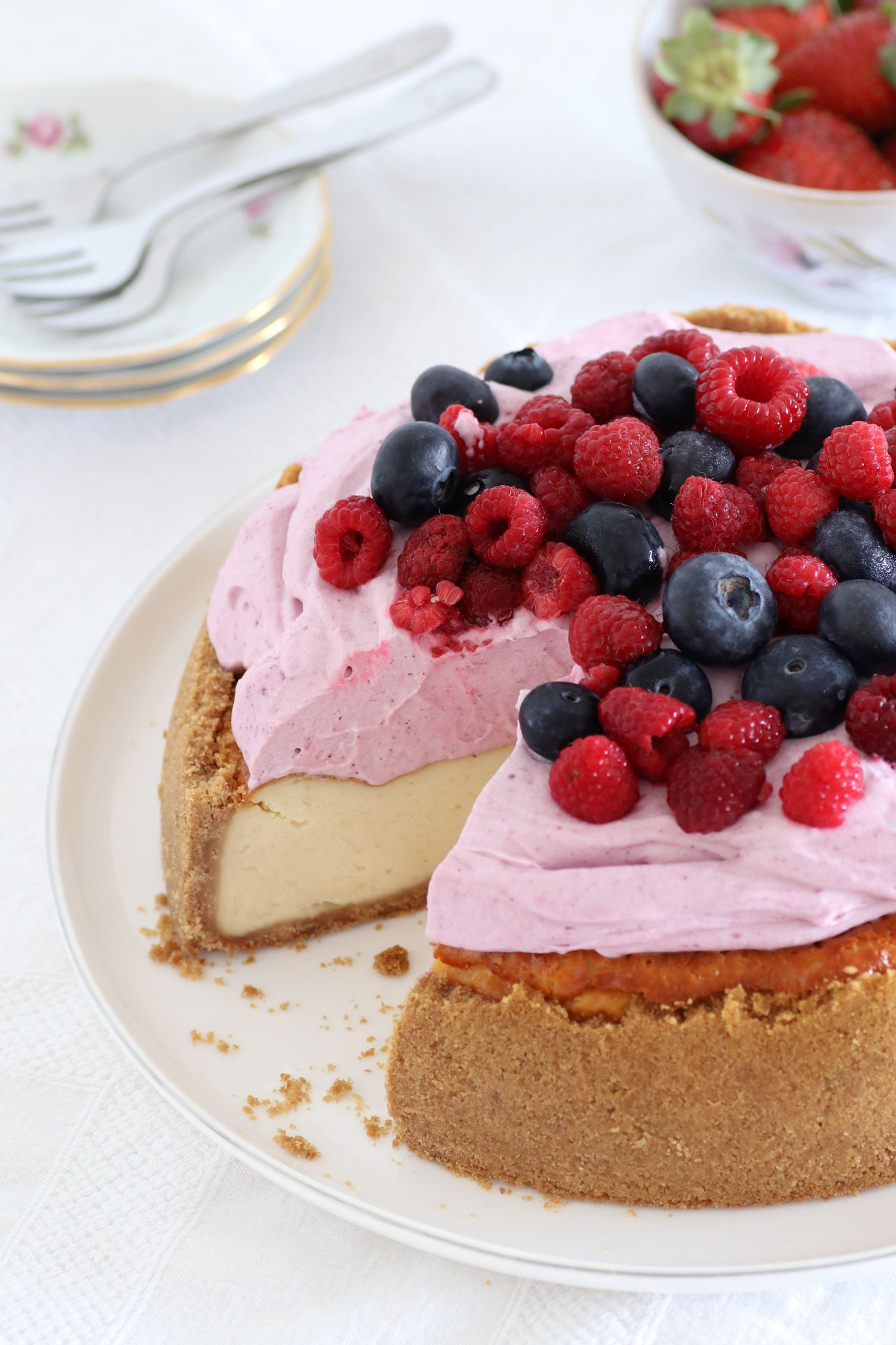 עוגת גבינה רכה ונימוחה | צילום: נטלי לוין
