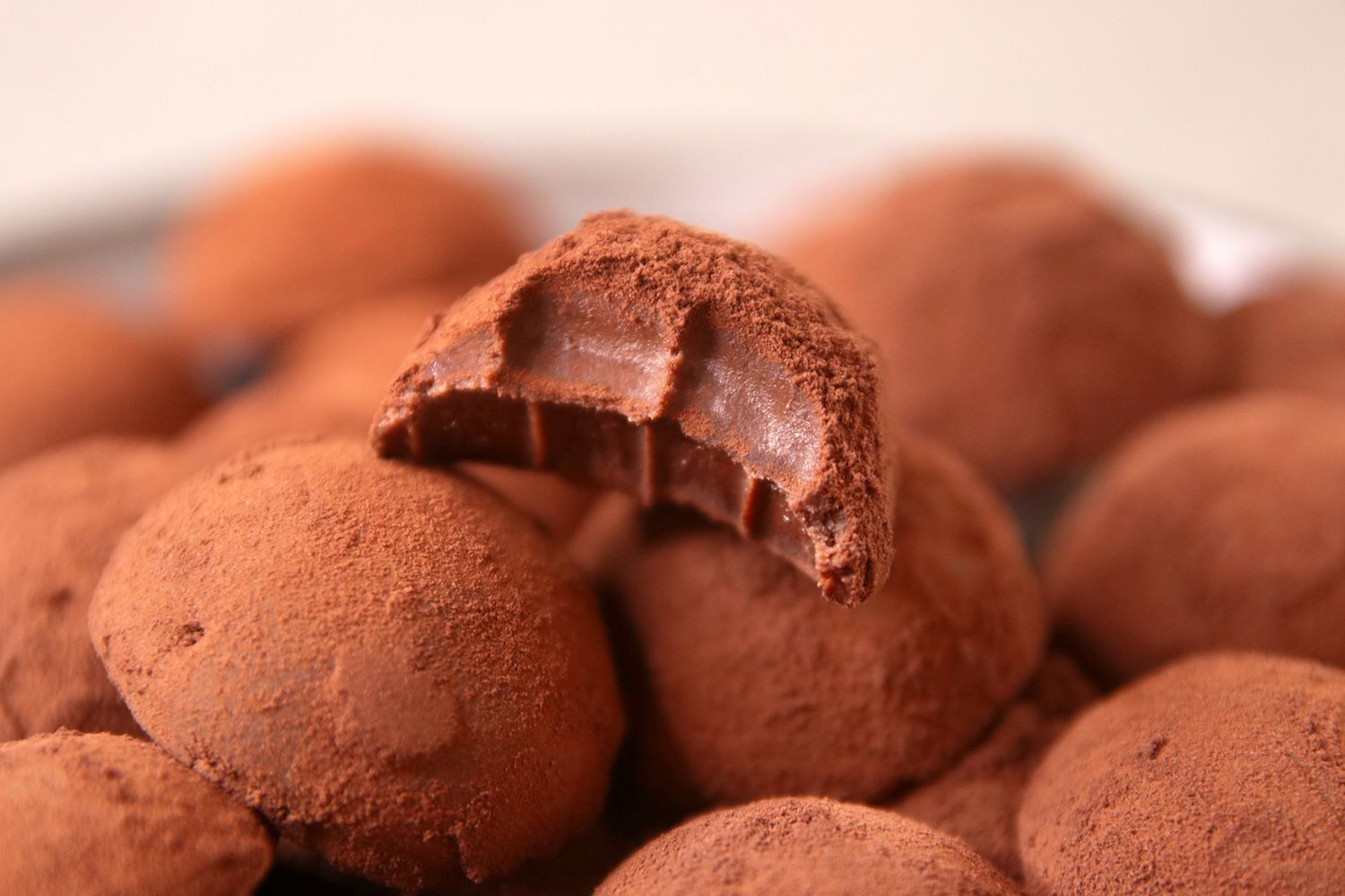 The Easiest Chocolate Truffles in the World