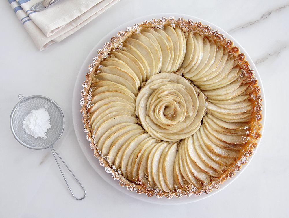 טארט תפוחים עם קרם שקדים
