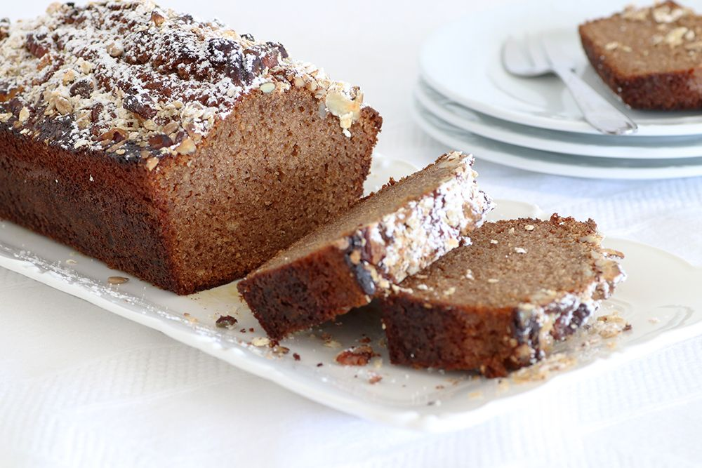 Honey Cake with Crunchy Granola Topping