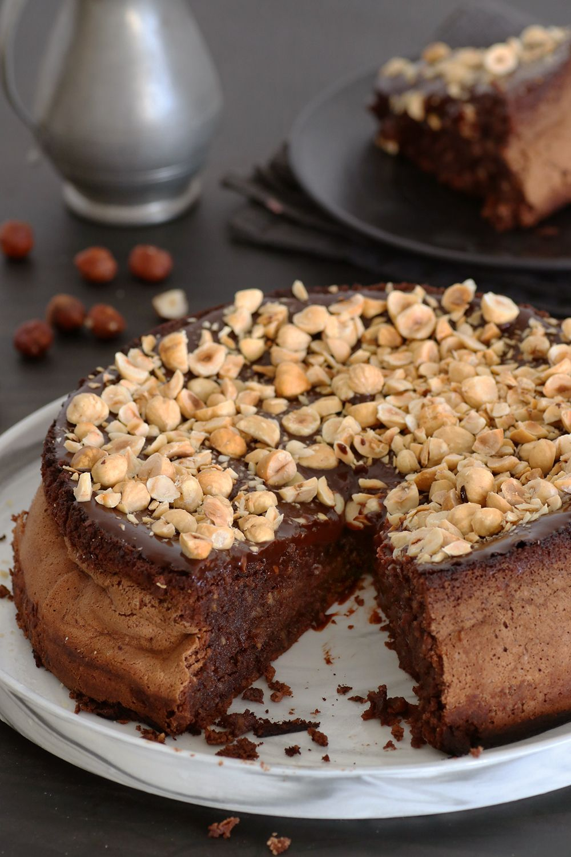עוגת שוקולד ואגוזים איטלקית | צילום: נטלי לוין