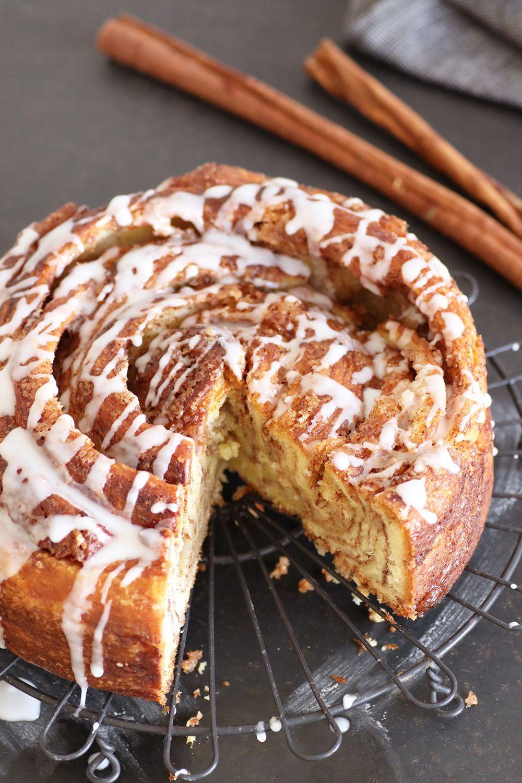עוגת סינרול מבצק בריוש כרוך | צילום: נטלי לוין