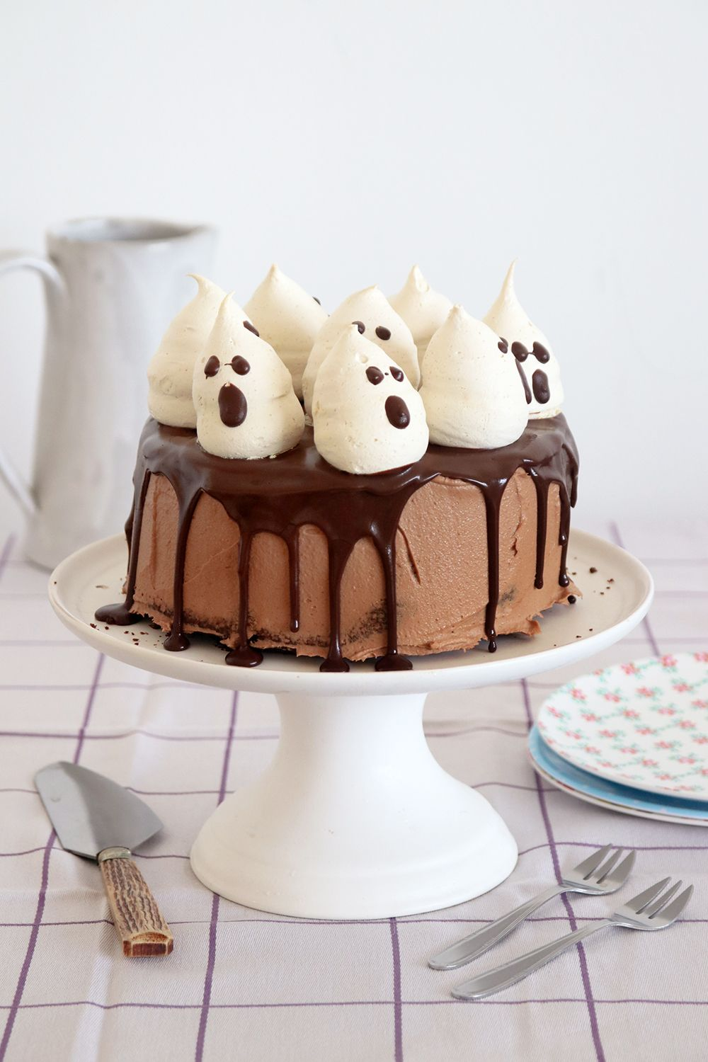 Sky-High Chocolate Cake with Meringue Ghosts | Photo: Natalie Levin