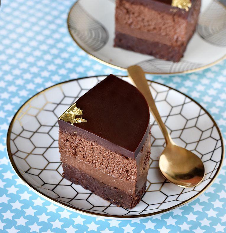 עוגת שוקולד מטורפת של פייר ארמה   צילום: רחלי קרוט