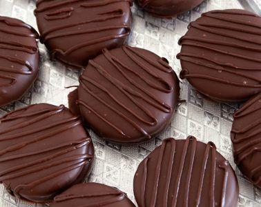 אלפחורס שוקולד בסגנון האוואנה | צילום: נטלי לוין