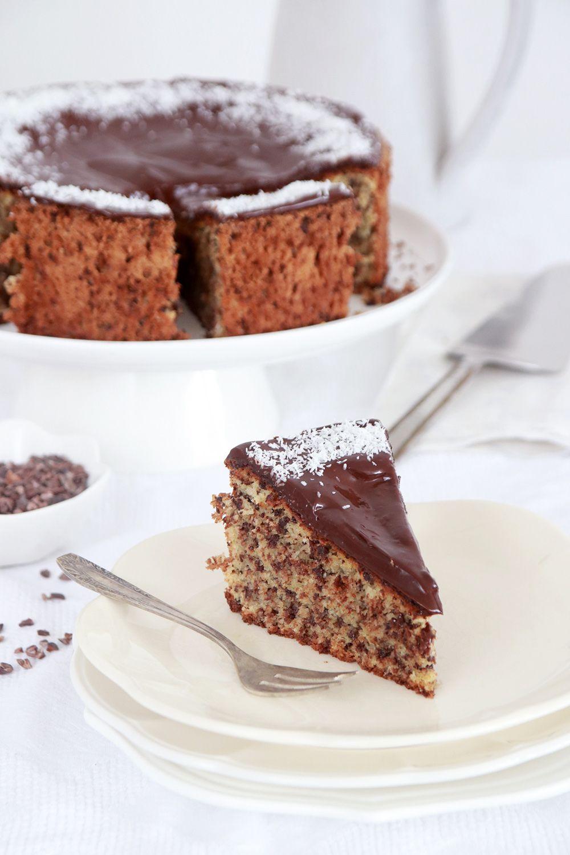 עוגת קוקוס ושוקולד צ'יפס של סבתא בלה | צילום: נטלי לוין