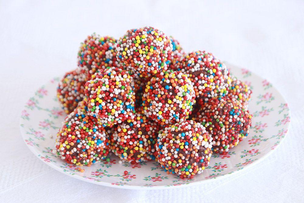 כדורי שוקולד שילדים אוהבים   צילום: נטלי לוין