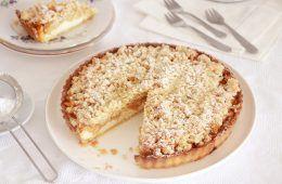 טארט גבינה ותפוחים | צילום: נטלי לוין